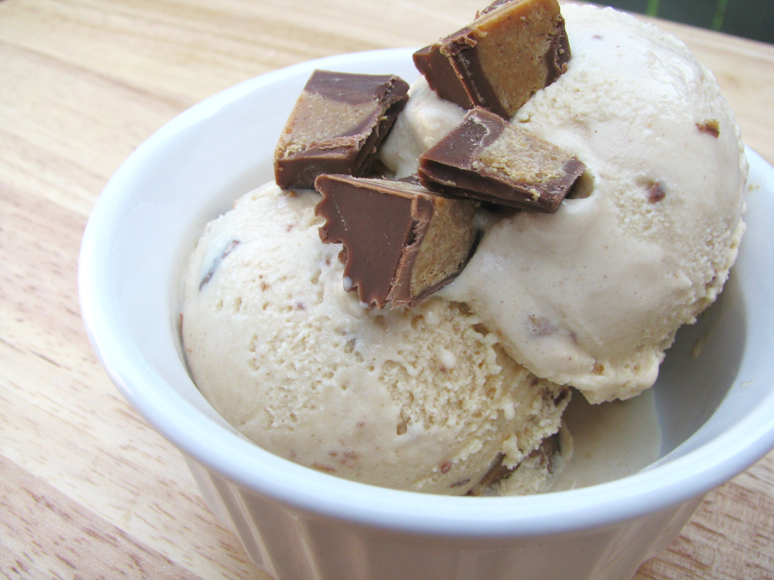 Peanut Butter Cup Ice Cream | Stick a Fork in It