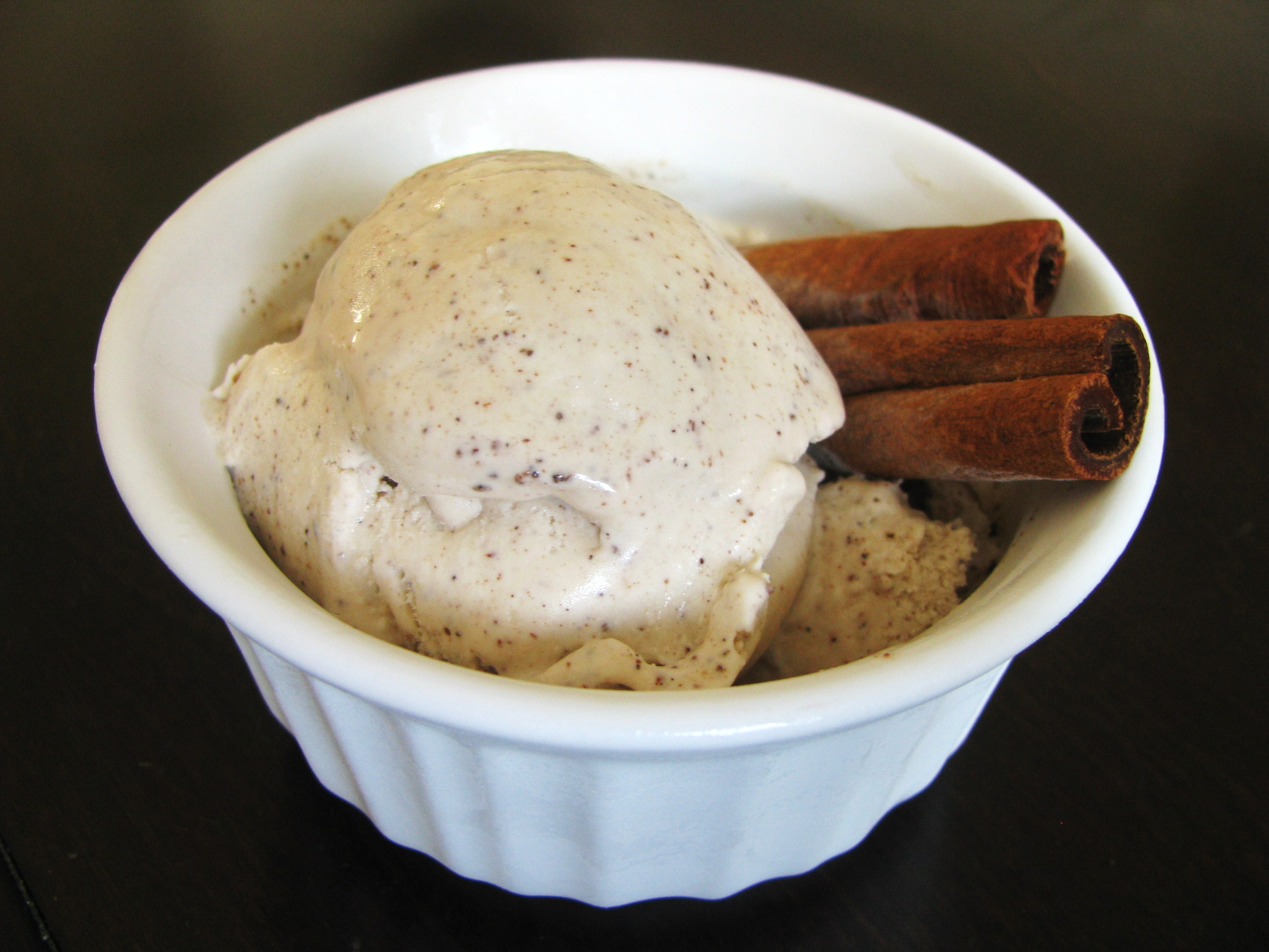 Cinnamon Ice Cream | Stick a Fork in It